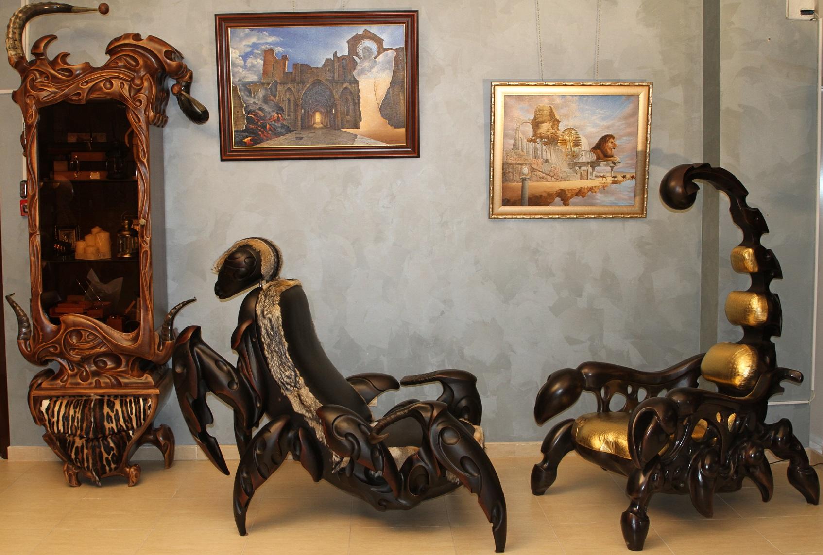 Заказ резной мебели из натурального дерева