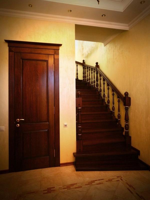 лестницы на входную дверь